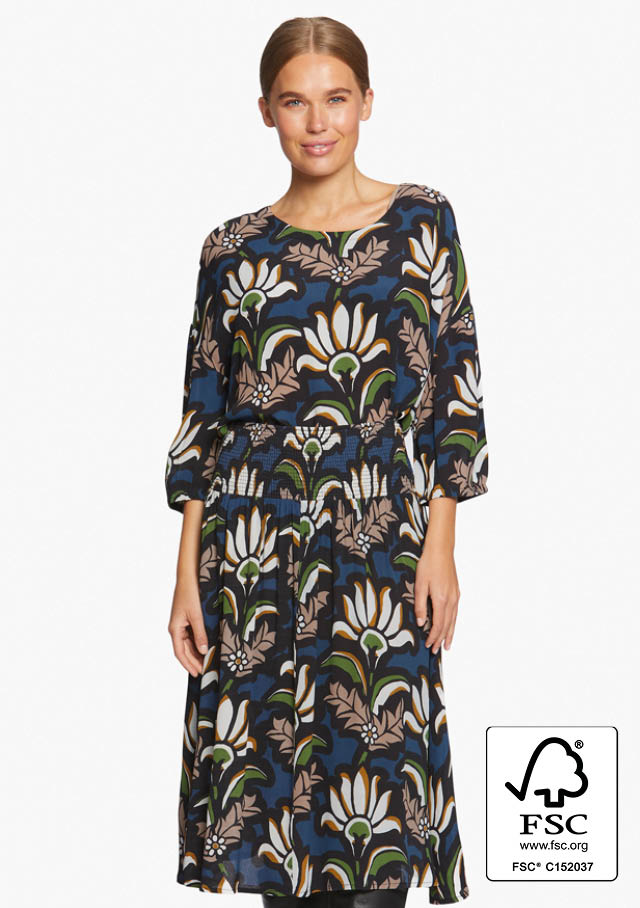 MASAI_AUTUMN_2020_FLOWER_PRINT_FSC